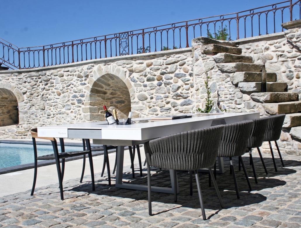 table d'extérieur avec chaises en tressé TWIST Royal Botania