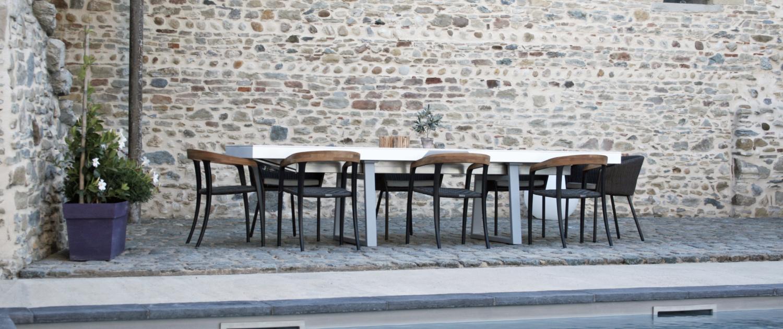 tables-extérieures-haut-de-gamme