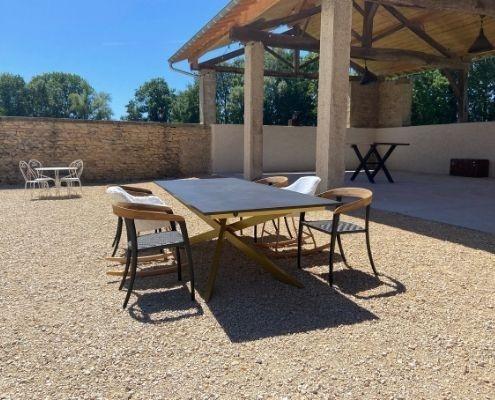 table-d'extérieur-de-luxe-design